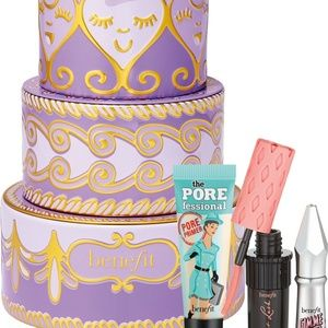 Benefit Cosmetics confection cuties Gift Set